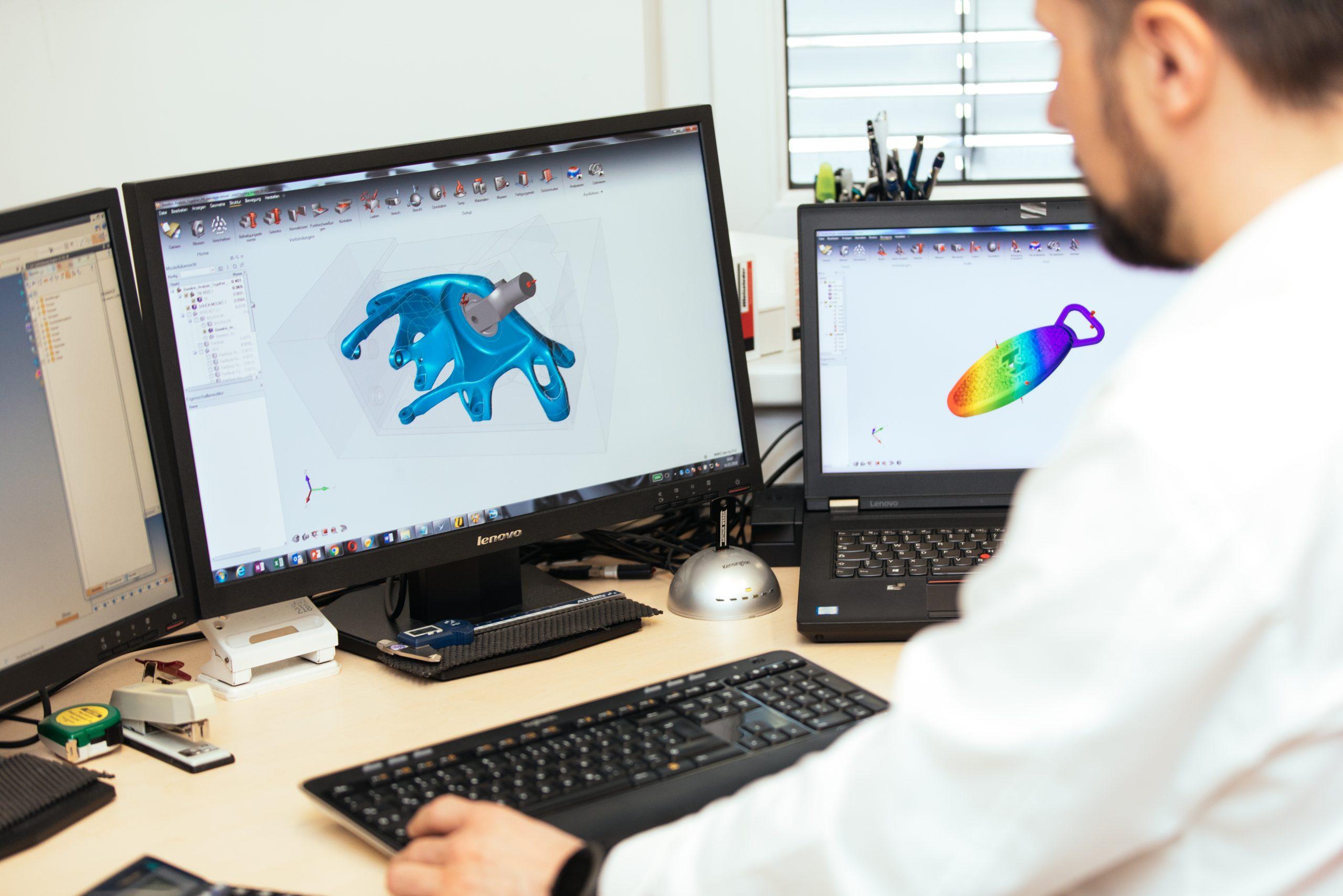 In der Software denken die Ilzer Funktionen und Bauteile neu, bevor sie in Druck gehen. (Credit: M&H)