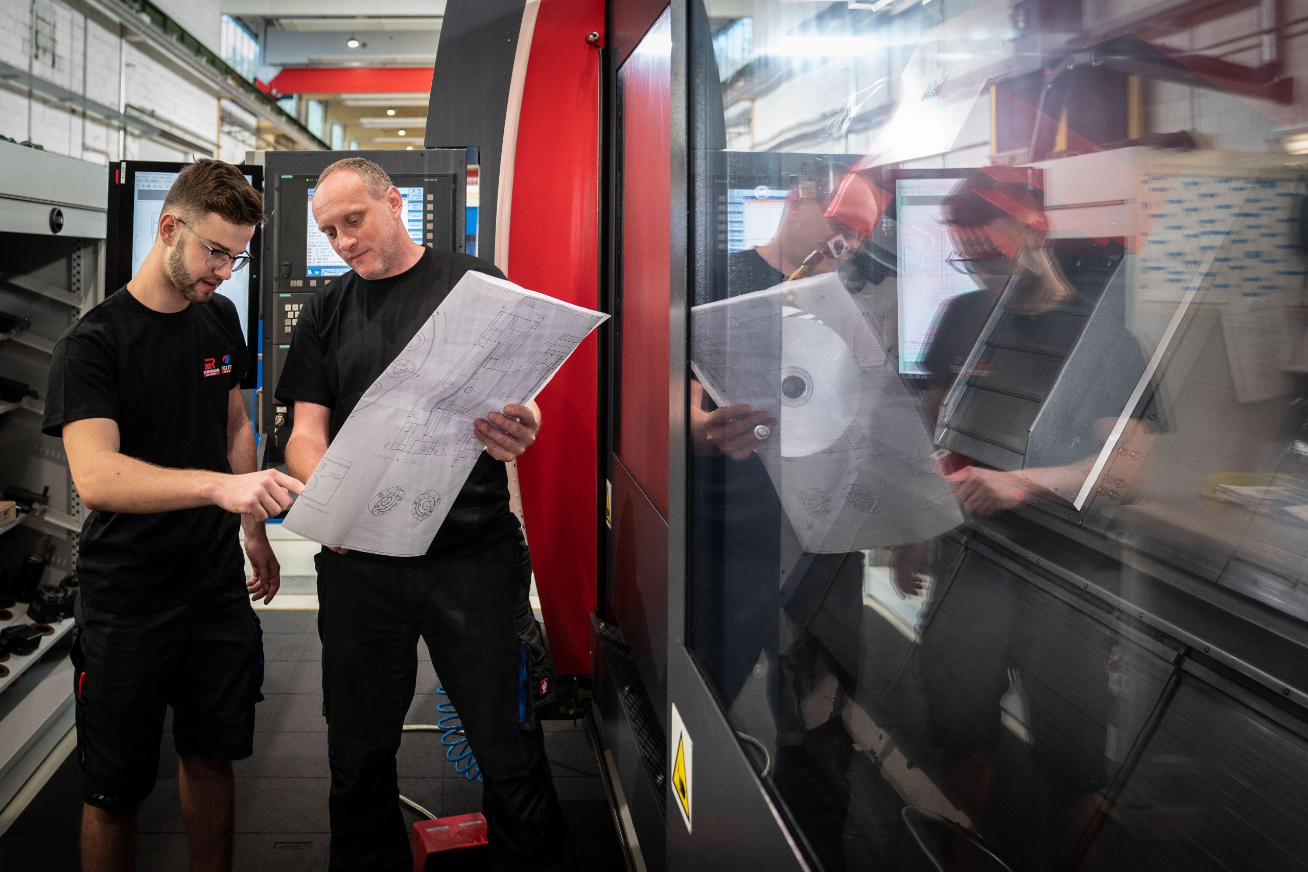 Über 2.500 junge Steirerinnen und Steirer werden aktuell zum Metalltechniker oder Mechatroniker ausgebildet – bald auch mit digitalem Schwerpunkt. (Foto: Die Industrie)